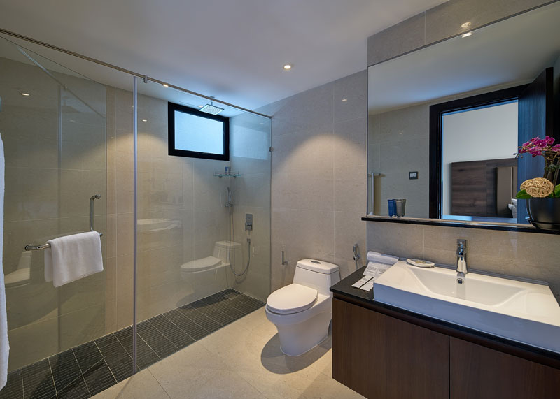 1 Bedroom Premier Bathroom